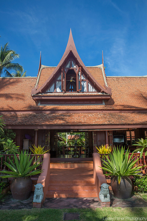 Five Islands Beach Villa. A 4 bedroom traditional Thai Teak house located in Ban Taling Ngam, Koh Samui, Thailand