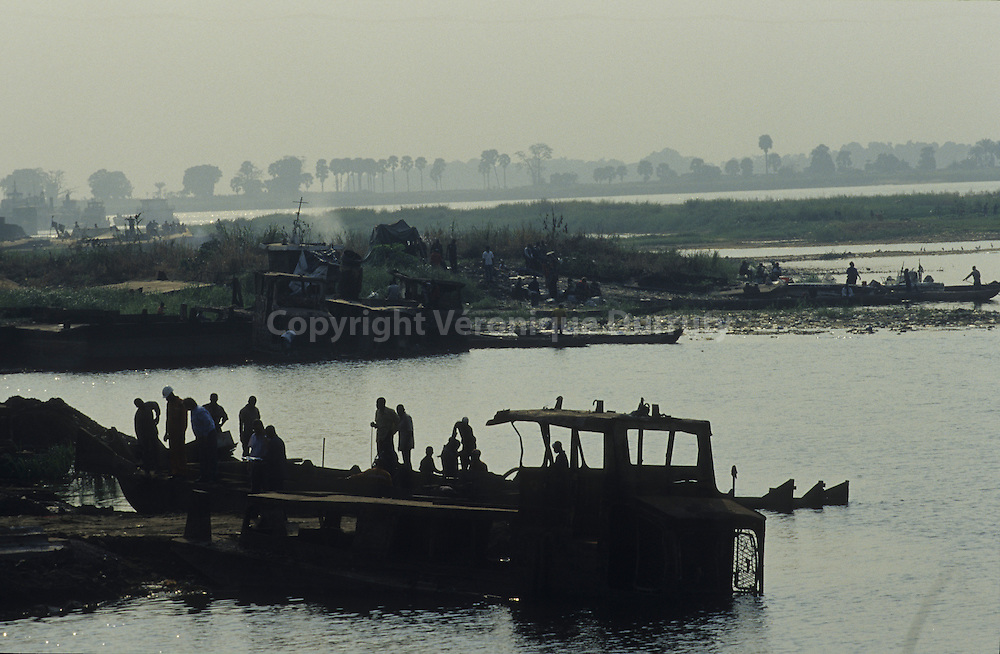 BOATS ON THE CONGO RIVER BANK NEAR BRAZZAVILLE HARBOUR, CONGO