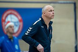21-12-2019 NED: AVV Keistad - Lycurgus, Amersfoort<br /> 1/4 final National Cup season volleyball men, Lycurgus win 3-0 / Coach Marcel Ruijterlinde of Keistad