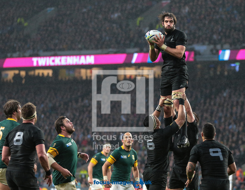 Sam Whitelock of New Zealand wins the line out during the 2015 Rugby World Cup semi final match at Twickenham Stadium, Twickenham<br /> Picture by Michael Whitefoot/Focus Images Ltd 07969 898192<br /> 24/10/2015