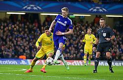 LONDON, ENGLAND - Wednesday, December 10, 2014: Chelsea's Andre Schurrle in action against Sporting Clube de Portugal during the final UEFA Champions League Group G match at Stamford Bridge. (Pic by David Rawcliffe/Propaganda)