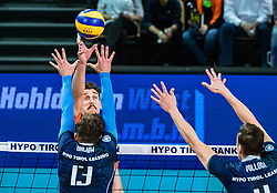 17.04.2019, Olympiahalle Innsbruck, Innsbruck, AUT, VBL, Deutsche Volleyball Bundesliga, HYPO Tirol Alpenvolleys Haching vs Berlin Recycling Volleys, Halbfinale, 3. Spiel, im Bild v.l.: Kyle Russell (Berlin), Pawel Halaba (Tirol), Matthew Pollock (Tirol) // during the German Volleyball Bundesliga (VBL) 3rd semifinal match between HYPO Tirol Alpenvolleys Haching and Berlin Recycling Volleys at the Olympiahalle Innsbruck in Innsbruck, Austria on 2019/04/17. EXPA Pictures © 2019, PhotoCredit: EXPA/ JFK