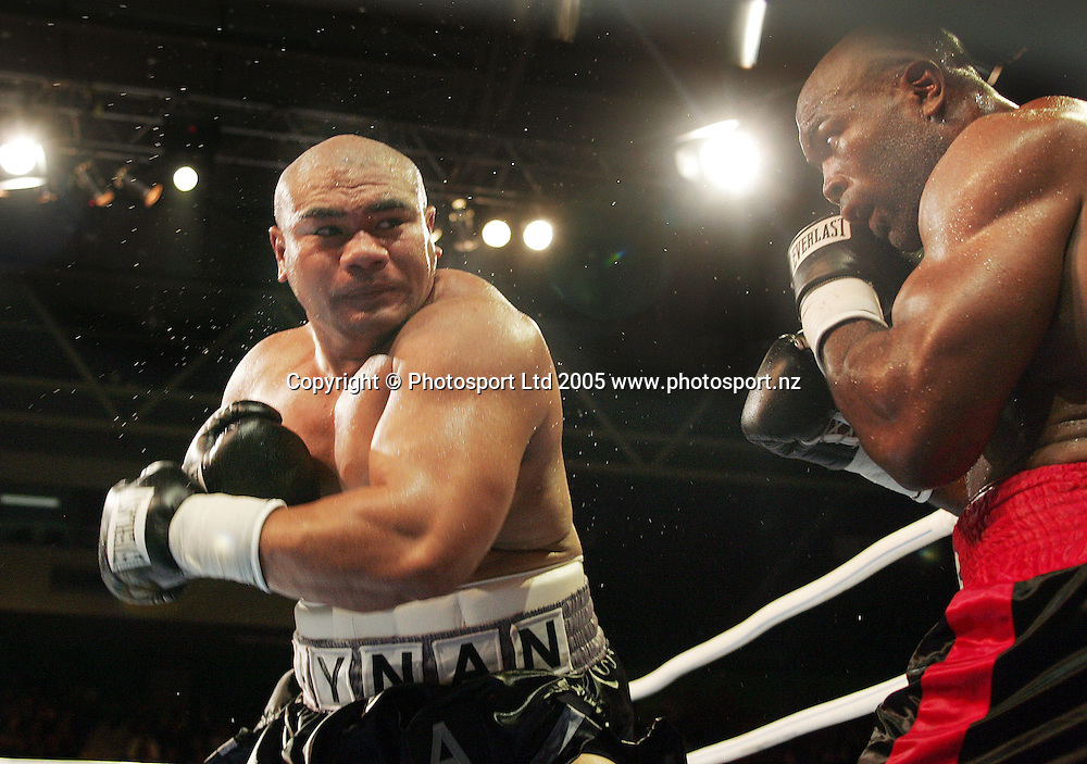 David Tua in action against Talmadge Griffis during the Mens Heavyweight fight at Trusts Stadium in Waitakere, Auckland on Thursday 31st March 2005. David Tua won by TKO in the  tenth round. Photo: Andrew Cornaga/PHOTOSPORT<br />