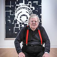 Nederland, Amsterdam, 23 mei 2016.<br />OPWINDING - EEN TENTOONSTELLING VAN RUDI FUCHS<br />27 MEI - 2 OKT 2016<br />Oud-directeur Rudi Fuchs kijkt terug op zijn lange loopbaan als museumdirecteur en tentoonstellingsmaker.&nbsp;In&nbsp;Opwinding&nbsp;gaat het om het ontdekken en beter leren kennen van kunstwerken.&nbsp;Fuchs neemt de bezoeker mee in zijn manier van kijken, die draait om tijd, geduld en zorgvuldigheid.<br /><br /><br /><br /><br />Foto: Jean-Pierre Jans