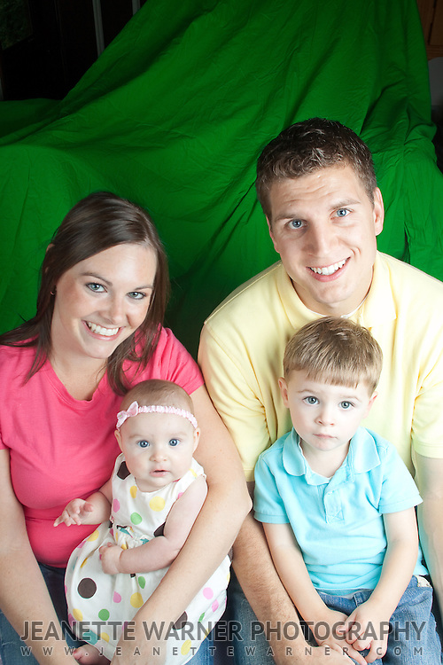 Family portraits in Fenton, MI.