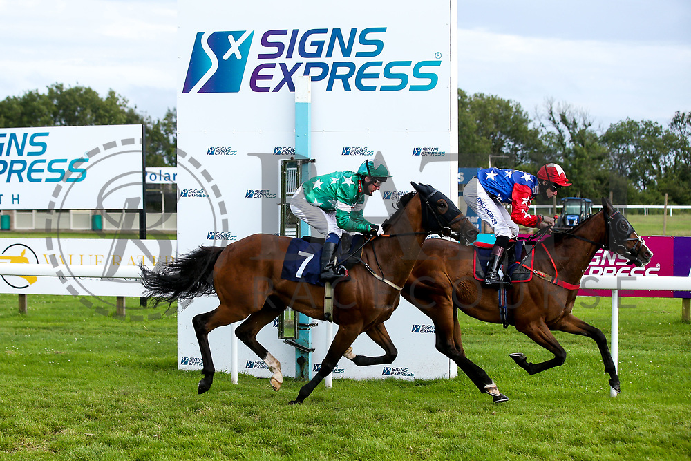 Nabhan ridden by Joshua Bryan and trained by Bernard Llewellyn and Hammy End ridden by Martin Dwyer and trained by William Muir in the Valuerater.co.uk Handicap - Mandatory by-line: Robbie Stephenson/JMP - 18/07/2020 - HORSE RACING- Bath Racecourse - Bath, England - Bath Races 18/07/20