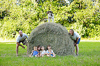 19 June 2010:  The Anderson Family at their home in NH. Jeff, Kelly, Raya (6), Shelby (5), Tia (3) and twin boys Chad & Drake (1) Anderson.