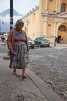 Mayan woman dressed in traditional clothing.