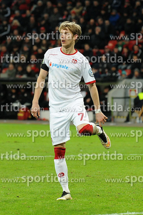 03.03.2015, BayArena, Leverkusen, GER, DFB Pokal, Bayer 04 Leverkusen vs 1. FC Kaiserslautern, Achtelfinale, im Bild Michael Schulze ( 1 FC Kaiserslautern ) hatte einen Schuh verloren. // during German DFB Pokal last sixteen match between Bayer 04 Leverkusen and 1. FC Kaiserslautern at the BayArena in Leverkusen, Germany on 2015/03/03. EXPA Pictures &copy; 2015, PhotoCredit: EXPA/ Eibner-Pressefoto/ Thienel<br /> <br /> *****ATTENTION - OUT of GER*****