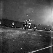 19/09/1962<br /> 09/19/1962<br /> 19 September 1962<br /> Soccer: Sporting Clube de Portugal (Sporting Lisbon) v Shelbourne, European Cup, at Dalymount Park. The game ended 2-0 to Sporting.