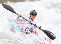 27.06.2015, Verbund Wasserarena, Wien, AUT, ICF, Kanu Wildwasser Weltmeisterschaft 2015, K1 men, im Bild  Iomhar Mac Giolla Phadraig (IRL) // during the final run in the men's K1 class of the ICF Wildwater Canoeing Sprint World Championships at the Verbund Wasserarena in Wien, Austria on 2015/06/27. EXPA Pictures © 2014, PhotoCredit: EXPA/ Sebastian Pucher