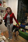 Amanda Ainsworth and 'Kaspar', Opening of The Mutz Nutz; Westbourne Park Rd. London. 23 August 2006.  ONE TIME USE ONLY - DO NOT ARCHIVE  © Copyright Photograph by Dafydd Jones 66 Stockwell Park Rd. London SW9 0DA Tel 020 7733 0108 www.dafjones.com