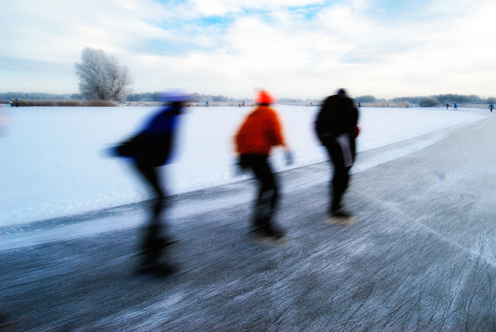 Skating the 'Blokzijler Merentocht', famous in The Netherlands.