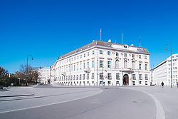 das Bundeskanzleramt in Folge des Coronavirus-Ausbruchs in Oesterreich, aufgenommen am 15.03.2020, Wien, Oesterreich // the federal chancellery as a result of the coronavirus outbreak in Austria, Vienna, Austria on 2020/03/15. EXPA Pictures © 2020, PhotoCredit: EXPA/ Florian Schroetter