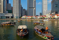Singapour. Boat Quay et le Busness center. // Singapore. Boat Quay and Busness center.