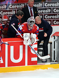 11.05.2012, Ericsson Globe, Stockholm, SWE, IIHF, Eishockey WM, Russland (RUS) vs Schweden (SWE), im Bild Russia 1 Goalkeeper Semyon Varlamov (Colorado Avalanche) wqs hit by the cramps in the third period, and bekame medical attention // during the IIHF Icehockey World Championship Game between Russia (RUS) and Sweden (SWE) at the Ericsson Globe, Stockholm, Sweden on 2012/05/11. EXPA Pictures © 2012, PhotoCredit: EXPA/ PicAgency Skycam/ Morten Christensen..***** ATTENTION - OUT OF SWE *****