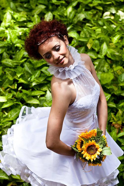 Belo Horizonte_MG, Brasil...Retrato de uma noiva em Belo Horizonte, Minas Gerais...A bride portrait in Belo Horizonte, Minas Gerais...Foto: Leo Drumond / NITRO