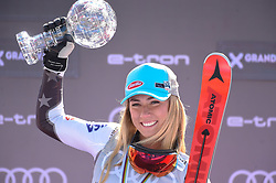 17.03.2019, Soldeu, AND, FIS Weltcup Ski Alpin, Siegerehrung, Gesamtweltcup, Damen, im Bild 1. Platz Mikaela Shiffrin (USA) mit der grossen Kristallkugel für den Sieg im Gesamtweltcup Saison 2018/19 // 1st place Mikaela Shiffrin of the USA with the big crystal globe for the victory in the overall World Cup season 2018/19 during the ladie's allover winner Ceremony for the Worlcup of FIS Ski Alpine World Cup finals. Soldeu, Andorra on 2019/03/17. EXPA Pictures © 2019, PhotoCredit: EXPA/ Erich Spiess