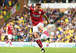 Josh Brownhill of Bristol City shoots at goal - Mandatory by-line: Robbie Stephenson/JMP - 23/09/2017 - FOOTBALL - Carrow Road - Norwich, England - Norwich City v Bristol City - Sky Bet Championship