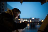 Über Nacht draußen in der Stadt: Wie man in Hamburg auf der Straße schläft und was es dabei zu lernen gibt. Die freireisende Journalistin Jessica Schober ist auf einer Wanderung durch Deutschland und hat mit Hinz&Kunzt-Verkäufern Platte gemacht