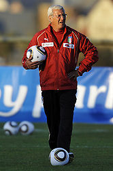 09.06.2010, .Centurion, Johannesburg, RSA, FIFA WM 2010, Italien Training im Bild Marcello Lippi., EXPA Pictures © 2010, PhotoCredit: EXPA/ InsideFoto/ G. Perottino / SPORTIDA PHOTO AGENCY