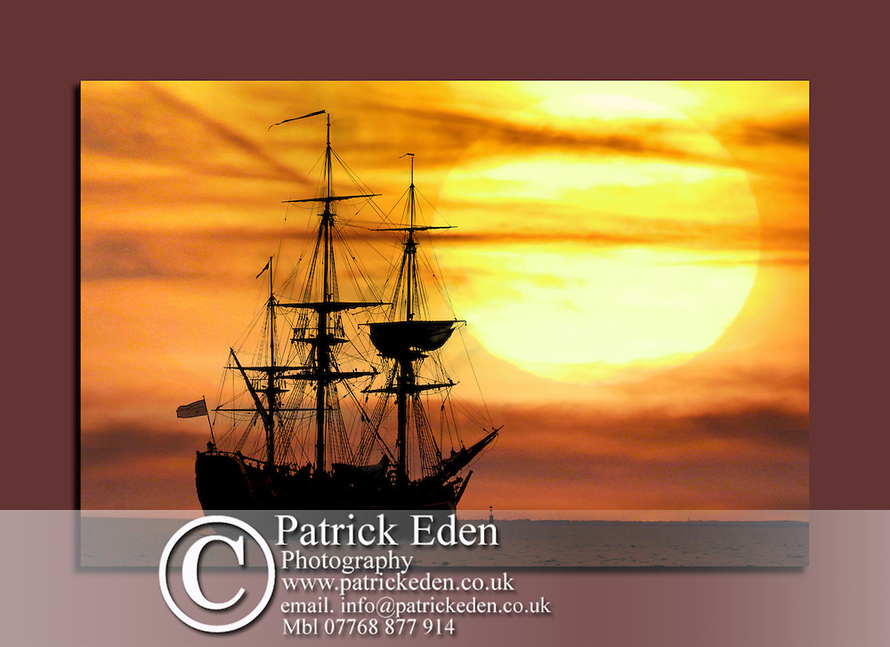 James Cook, Barque, Endeavour, The Solent, Cowes, Isle of Wight, canvas canvases prints print