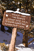 Trail sign along the Navajo Loop, Bryce Canyon National Park, Utah