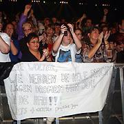 Concert Wolter Kroes, publiek, fans, spandoek