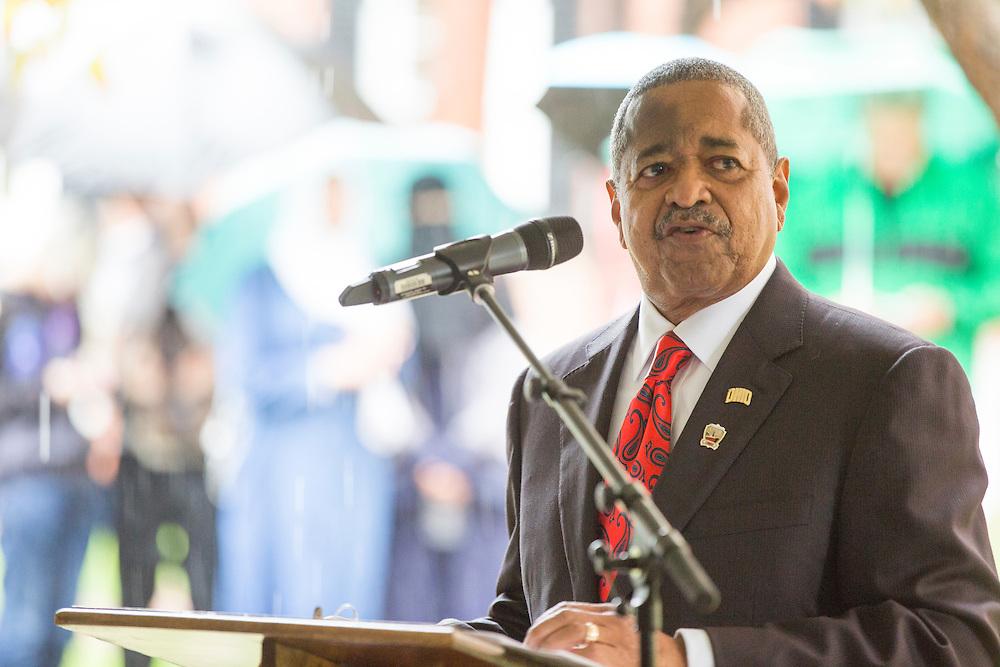 President McDavis speaks at the Cutler Hall Bicentennial celebration on October 21, 2016.