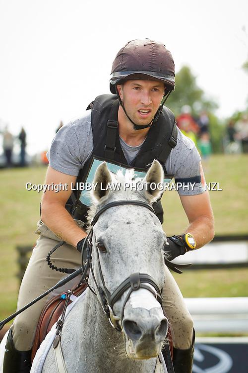 OVERNIGHT LEADER CIC3-STAR: NZL-Simon Gordon (FLETCH.COM) Kihikihi International Horse Trial: CIC3* CROSS COUNTRY: INTRIM-1ST (Saturday 6 April 2013)