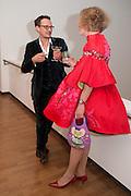 JONATHAN YEO; GRAYSON PERRY, Royal Academy Schools Annual dinner and Auction 2012. Royal Academy. Burlington Gdns. London. 20 March 2012.