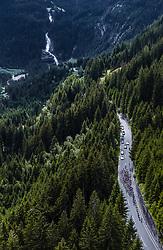 11.07.2019, Kitzbühel, AUT, Ö-Tour, Österreich Radrundfahrt, 5. Etappe, von Radstadt nach Fuscher Törl (103,5 km), im Bild das Peloton bei den Krimmler Wasserfällen // das Peloton bei den Krimmler Wasserfällen during 5th stage from Bruck an der Glocknerstraße to Kitzbühel (161,9 km) of the 2019 Tour of Austria. Kitzbühel, Austria on 2019/07/11. EXPA Pictures © 2019, PhotoCredit: EXPA/ JFK