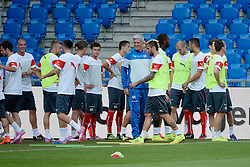 07.09.2014, St. Jakob Park, Basel, SUI, UEFA Euro Qualifikation, Schweiz vs England, Training, Gruppe E, im Bild Trainer Vladimir Petkovic mit seiner Mannschaft // during a Trainingsession in front of the UEFA EURO qualification group E match Switzerland and England at the St. Jakob Park in Basel, Switzerland on 2014/09/07. EXPA Pictures © 2014, PhotoCredit: EXPA/ Freshfocus/ Daniela Frutiger<br /> <br /> *****ATTENTION - for AUT, SLO, CRO, SRB, BIH, MAZ only*****