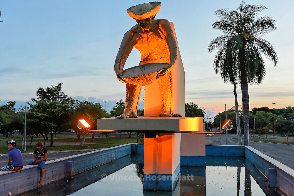 "Boa Vista, capital of the Roraima state, close to the Yanomami Territory. The city was built by Gold diggers - the ""Garimpeiros"". The monument of the ""Old Gold Digger"" is the main attraction in Center of the city, The Idol of the city is the worst enemy of the Indians."