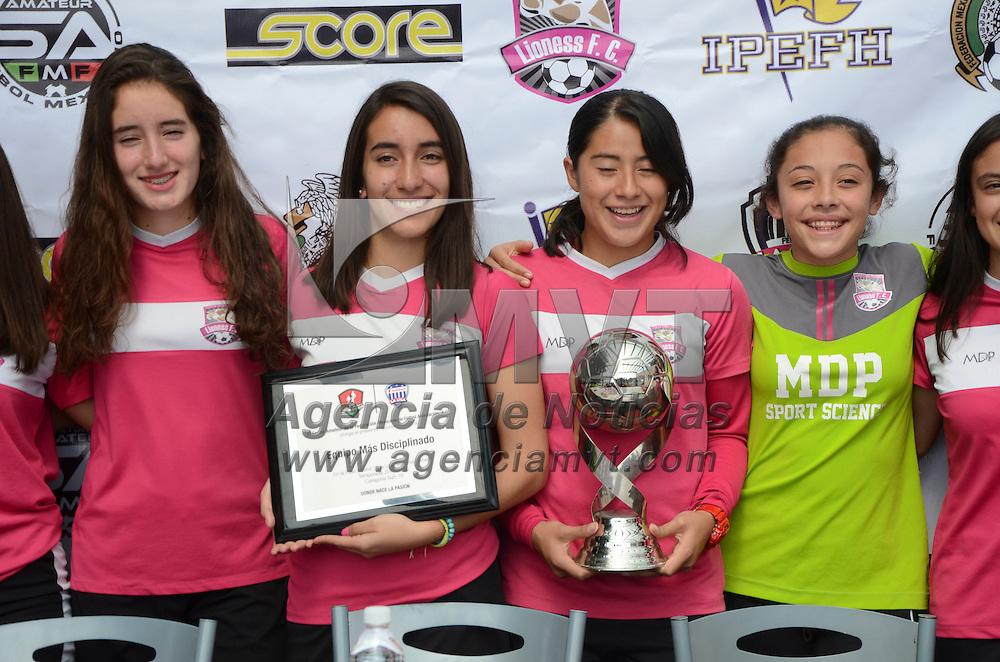 Metepec, México (Septiembre 01, 2016).- El equipo de futbol femenil Lioness FC de Metepec, participarán del 6 al 11 de septiembre en la fase nacional de la Liga Femenil de la Federación Mexicana de Fútbol, torneo que se realizara en el centro de alto rendimiento de la FEMEXFUT.  Agencia MVT / José Hernández.