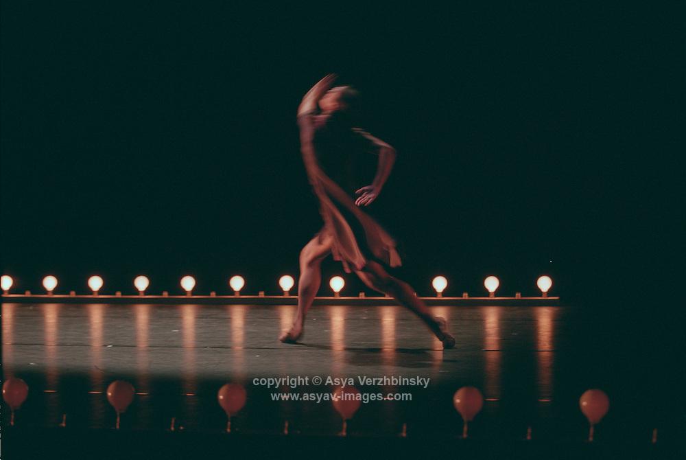 Monica Zamora in Cathy Marston's Non Exeunt. George Piper Dances