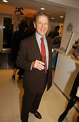 Actor EDWARD FOX at a party to celebrate the 25th anniversary of leading restaurant Le Caprice held at The Serpentine Gallery, London on 3rd October 2006.<br /><br />NON EXCLUSIVE - WORLD RIGHTS