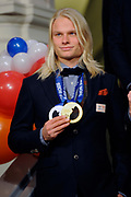 Officiele Huldiging van de Olympische medaillewinnaars Sochi 2014 / Official Ceremony of the Sochi 2014 Olympic medalists.<br /> <br /> Op de foto:  Koen Verweij