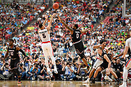 GLENDALE, AZ - APRIL 01: Nigel Williams-Goss #5 of the Gonzaga Bulldogs takes a jump shot over defender Sindarius Thornwell #0 of the South Carolina Gamecocks during the 2017 NCAA Men's Final Four Semifinal at University of Phoenix Stadium on April 1, 2017 in Glendale, Arizona.  (Photo by Brett Wilhelm/NCAA Photos via Getty Images)