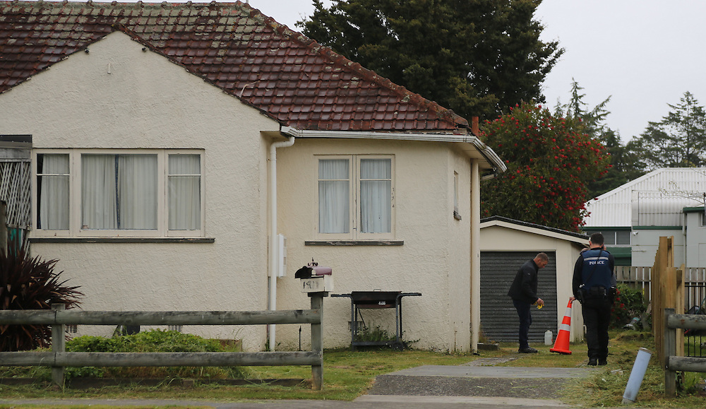 Police are investigating a scene at a house on Old Taupo Road following an incident , Rotorua, New Zealand, Sunday, November 15, 2015. Credit:SNPA / Peter Graney.