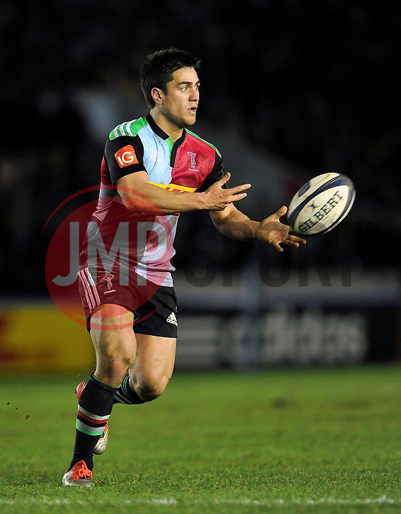 Ben Botica of Harlequins passes the ball - Photo mandatory by-line: Patrick Khachfe/JMP - Mobile: 07966 386802 17/01/2015 - SPORT - RUGBY UNION - London - The Twickenham Stoop - Harlequins v Wasps - European Rugby Champions Cup