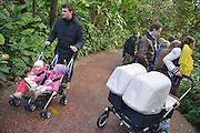Nederland, Arnhem, 9-2-2013Het Nederlands tweelingen register organiseerde een tweelingendag in Burgers Zoo in Arnhem. Hier konden Foto: Flip Franssen/Hollandse Hoogte