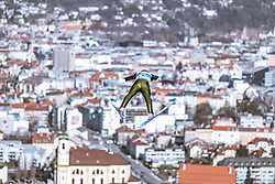 21.02.2019, Bergiselschanze, Innsbruck, AUT, FIS Weltmeisterschaften Ski Nordisch, Seefeld 2019, Nordische Kombination, Skisprung, Training, im Bild Lukas Klapfer (AUT) // Lukas Klapfer of Austria during a training of Ski Jumping competition for Nordic Combined of FIS Nordic Ski World Championships 2019. Bergiselschanze in Innsbruck, Austria on 2019/02/21. EXPA Pictures © 2019, PhotoCredit: EXPA/ Dominik Angerer