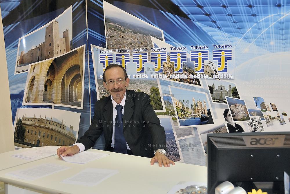 Partinico: the anti-mafia journalist Pino Maniaci of  TeleJato channel in Sicily. <br /> Partinico: il giornalista antimafia Pino Maniaci, direttore della coraggiosa emittente televisiva Telejato.