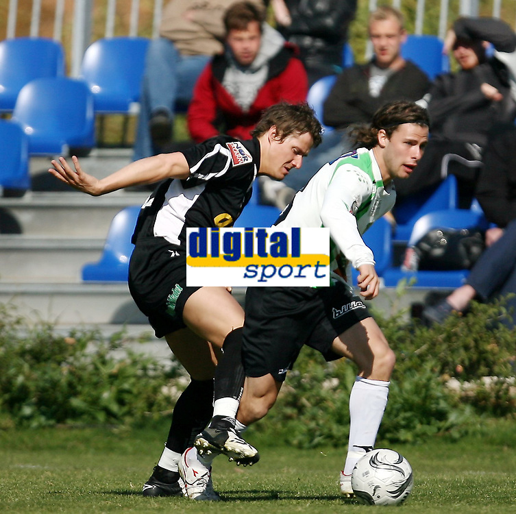 Fotball <br /> La Manga - Spania <br /> 21.03.08<br /> Hønefoss  v  Randaberg  1-0 <br /> <br /> Foto: Dagfinn Limoseth, Digitalsport<br /> <br /> Stian Bore , Randaberg og Stian Rasch , Hønefoss
