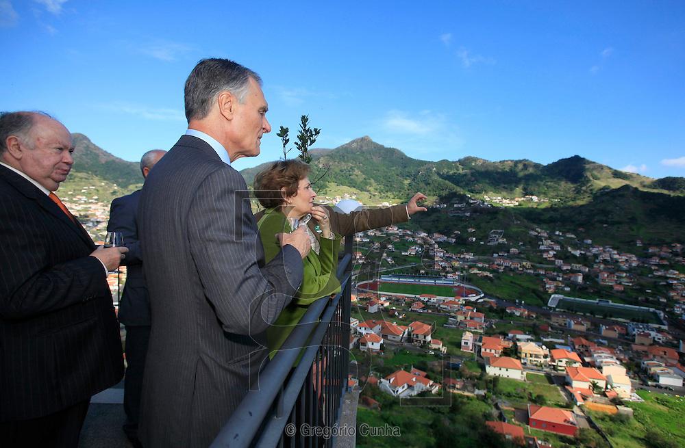 Candidato a presidencia da republica portuguesa Anibal Cavaco Silva em campanha eleitoral na Ilha da Madeira com Alberto João Jardim.Foto Gregorio Cunha.