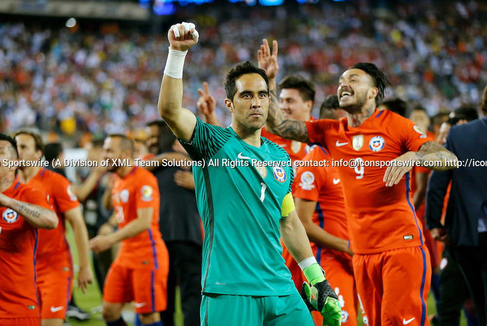 26 June 2016: Chile goalkeeper Claudio Bravo (1) salutes the fans after winning the Copa. Chile defeated Argentina (4-2 pen) in the 2016 Copa America final at MetLife Stadium in East Rutherford, New Jersey. (Photograph by Fred Kfoury III/Icon Sportswire)