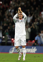 Photo: Paul Thomas/Sportsbeat Images.<br />England v Croatia. UEFA European Championships Qualifying. 21/11/2007.<br /><br />Dejected Davd Beckham of England after the game.
