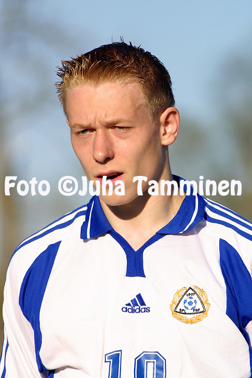 9.5.2001 Kuressaare, Estonia. Friendly match Estonia v Finland. Mikael Forssell (FIN).<br />