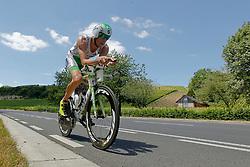 21.06.2014, Remich, LUX, Ergo Ironman 70.3, im Bild Der Sieger der Herren Marino Vanhoenacker (amptierender Triathlon Europameister, Belgium) auf der Radstrecke // during the Ergo Ironman 70.3 in Remich, Luxembourg on 2014/06/21. EXPA Pictures © 2014, PhotoCredit: EXPA/ Eibner-Pressefoto/ Schueler<br /> <br /> *****ATTENTION - OUT of GER*****